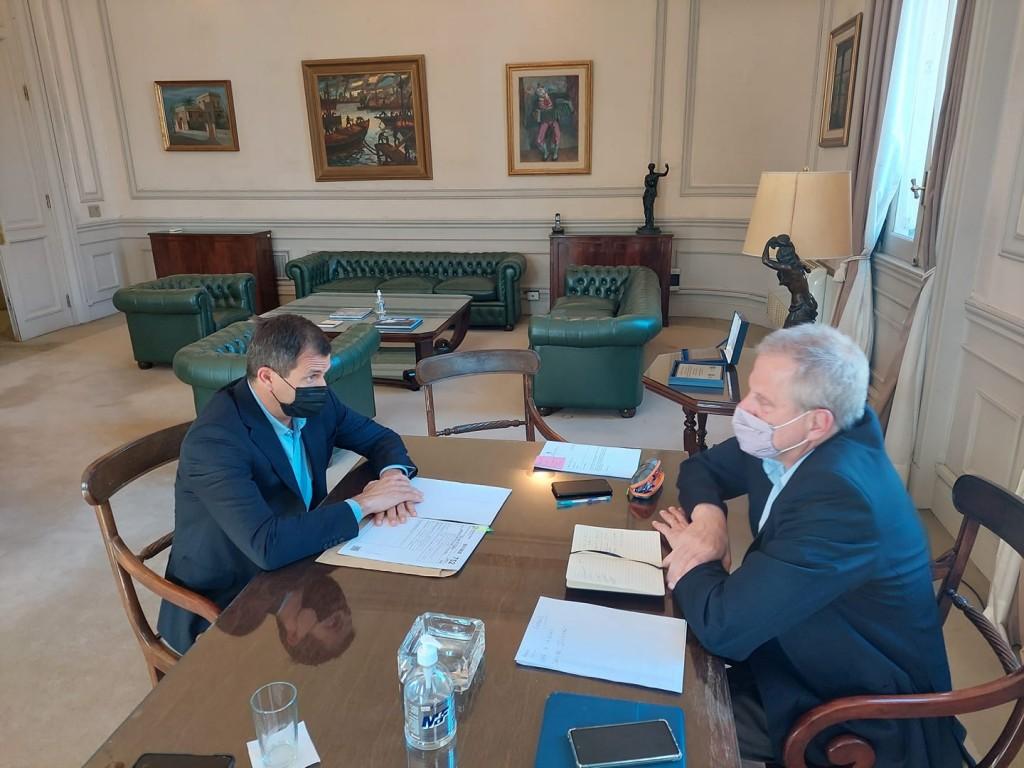 Bucca se reunió con el Ministro de Educación y avanza la gestión para el nuevo edificio del Instituto nº27