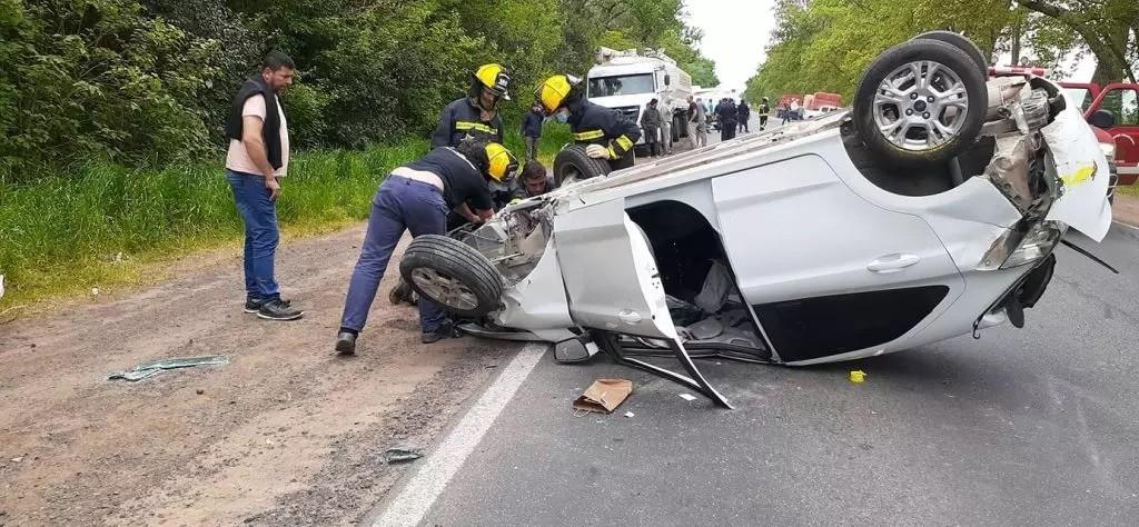 Múltiple accidente en la Ruta nacional  nº205, con tres vehículos involucrados