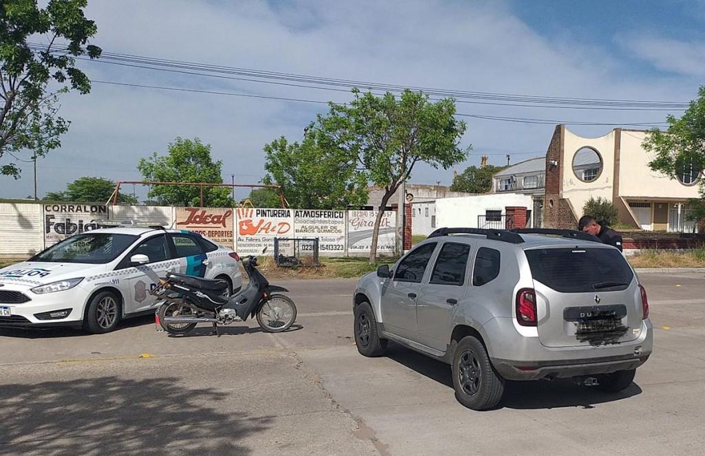 Una mujer fue hospitalizada por prevención tras una colisión en Av. Fabres García y Necochea