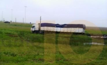 Daireaux: despistó un camión en Rutas 65 y 86