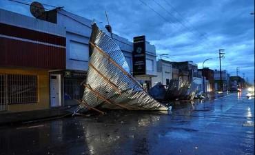 Un fuerte temporal trajo inconvenientes en sectores de la Ciudad de Olavarria