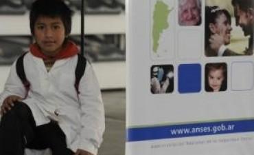 Los colegios ya pueden cargar certificados escolares en la web de ANSES