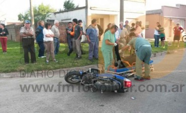Impacto entre dos motos, dejó como saldo tres personas hospitalizadas