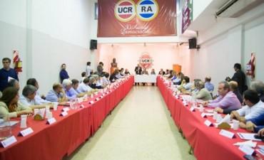 Vidal se reunió con los intendentes radicales electos en la Provincia