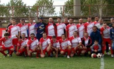 Fútbol Senior: Casariego ganó y llegó a la punta del campeonato