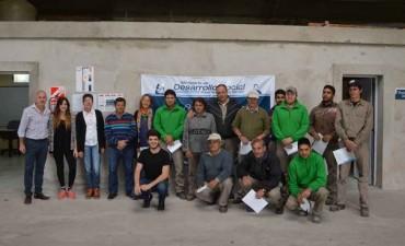 Se entregaron los diplomas de la capacitación de UNLP a los cooperativistas locales