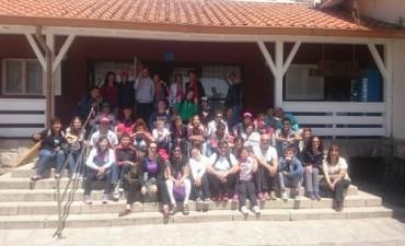 Alrededor de 35 chicos de las E.E.E N°501 y Nº502 viajaron a Chapadmalal