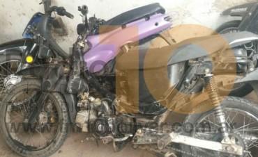 Acción Policial: Cuatro personas aprehendidas tras portación de marihuana, y dos motocicletas secuestradas por carecer de documentación