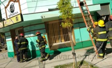 Esta mañana: Principio de Incendio en una Rotisería