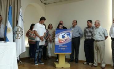 Rotary Club Bolívar premió a los estudiantes con el 'Premios Mejor Compañero 2016'