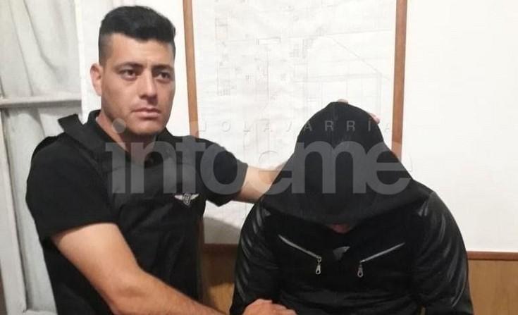 Olavarría: Persecución terminó con dos aprehendidos: uno llevaba un arma en la mochila