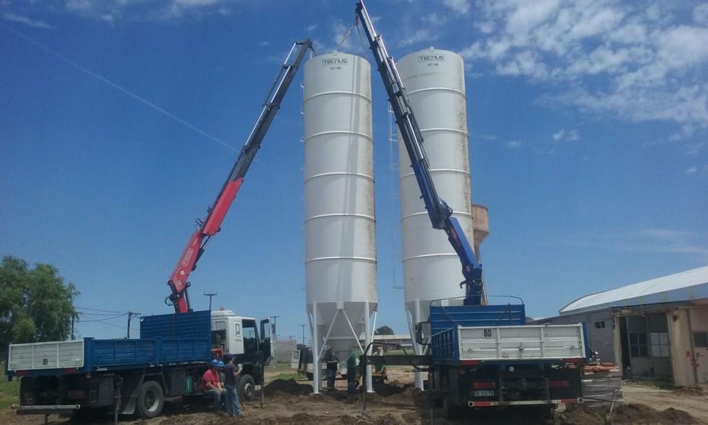Se montaron silos de acopio de cemento