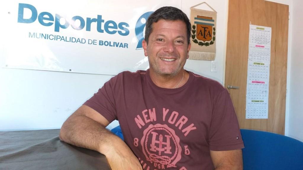 Alejandro Viola: 'Por suerte tenemos mucho deporte, y hasta tenemos que pedir que nos presten infraestructura'