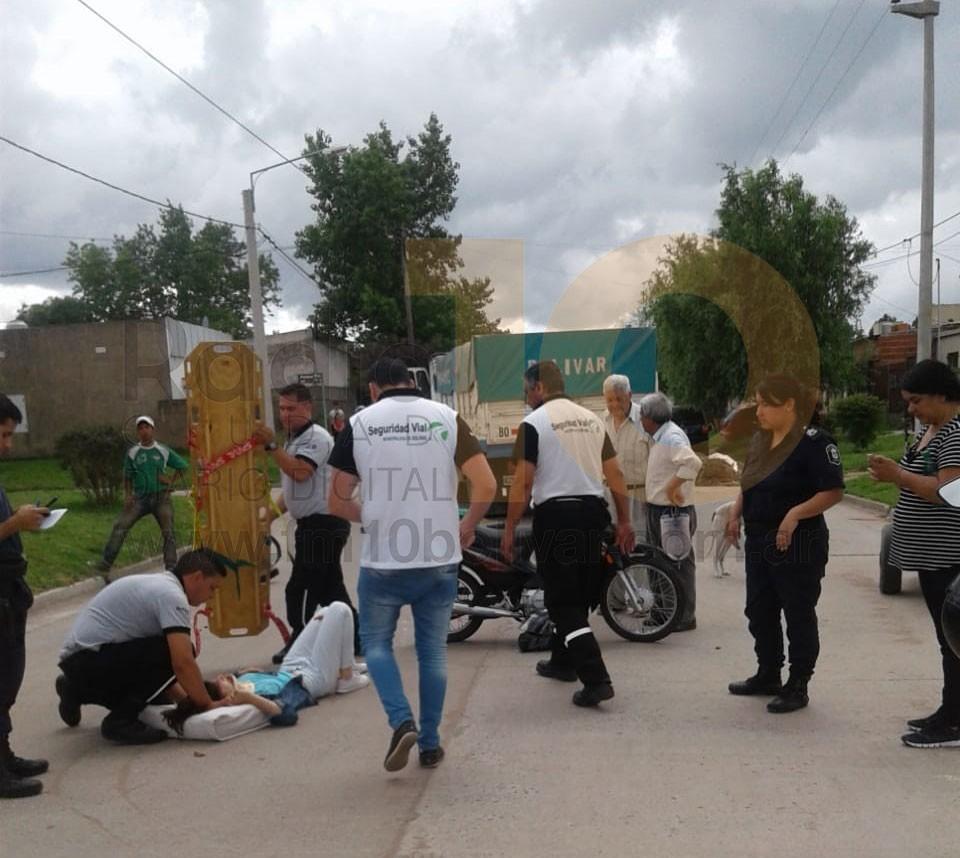 Impacto en Balcarce 1400: Una motociclista resulto hospitalizada
