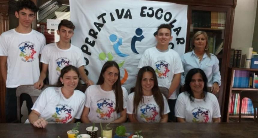 Comenzó a funcionar la cooperativa escolar 'Eco Arte' de la EES N.º 4