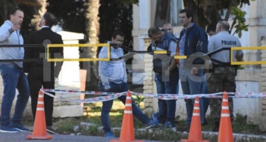 Olavarría: Robo de armas en la Unidad 2; Hay dos jóvenes retenidos
