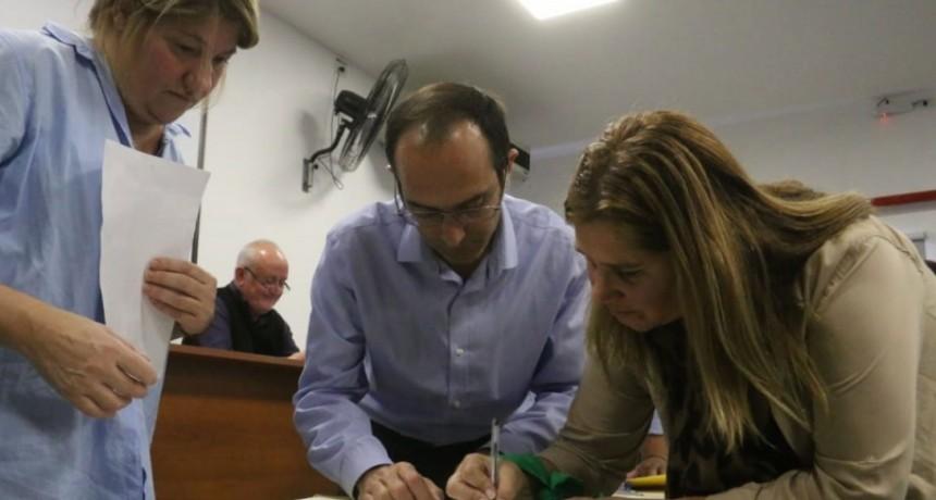 Recibirán su escritura 85 familias de Bolívar