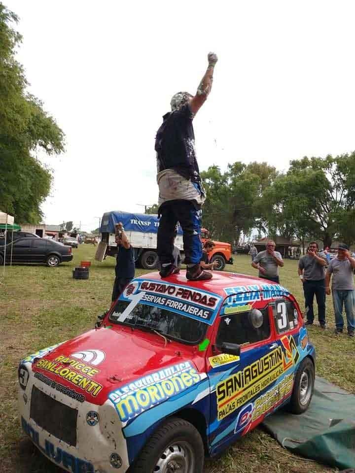 Gustavo Pendas: 'Soy campeón porque dejamos todo tanto arriba como abajo del auto'