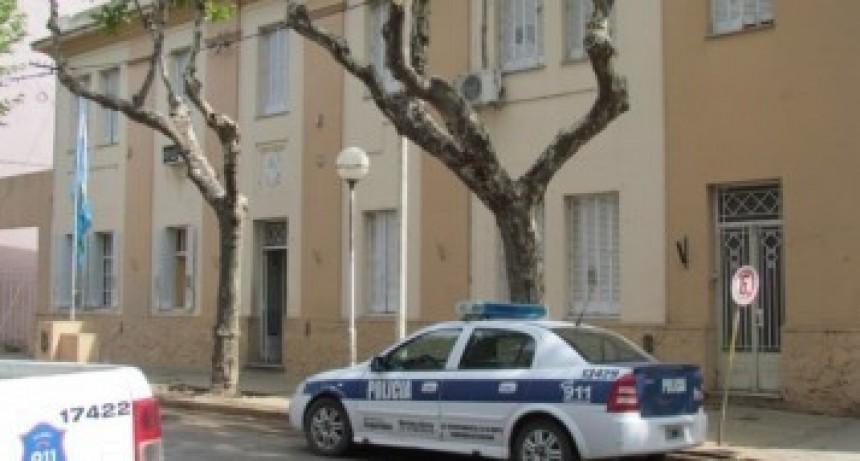 La Policía investiga dos robos en la misma manzana