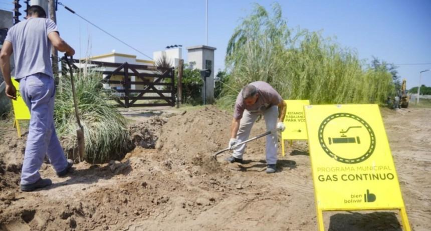 La cuadrilla municipal se encuentra ejecutando obra de gas en Barrio La Ganadera