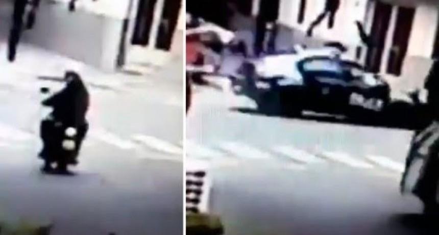 Villa Crespo (CABA): Patrullero cruzó en rojo y mató a una motociclista