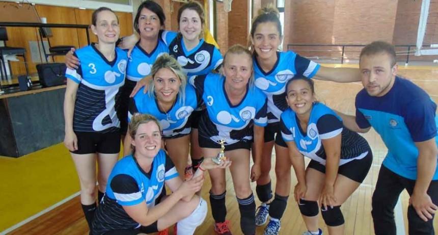 El Club Ciudad de Bolívar se consagró campeón de la temporada 2019 de maxivoley femenino