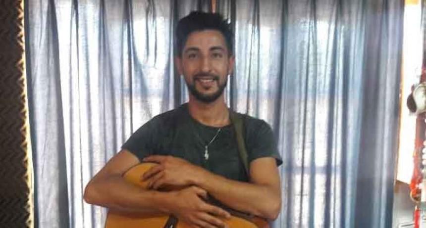 Diego Peris: 'Vivo escuchando música, y sigo aprendiendo todos los días, es algo que no se termina nunca'