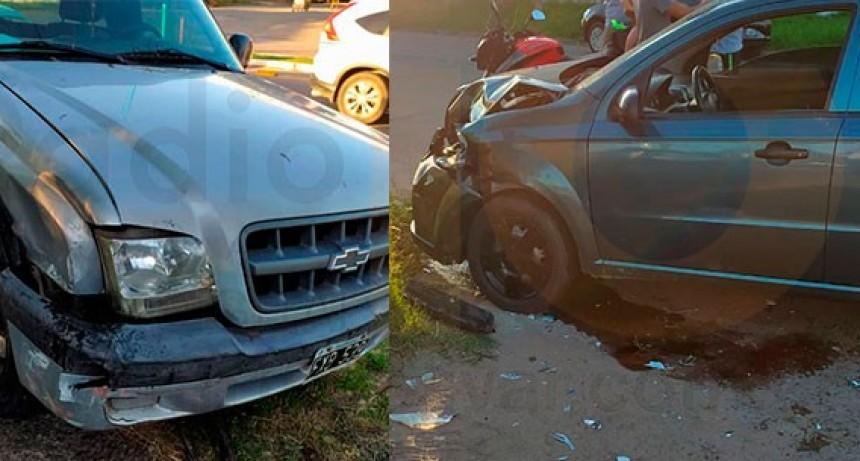Impacto entre dos conductores mayores de edad en calle Viamonte y avenida  Tres de Febrero