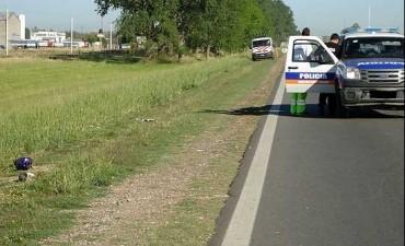 Olavarría: un ciclista murió tras ser arrollado por un camión frigorífico en ruta 226