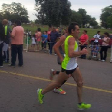 Dos bolivarenses estuvieron en la Vittal SEM 10k y 3,5k en Olavarría