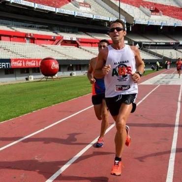 Juan Manuel Chávez no llegó para el podio en la Maraton de River