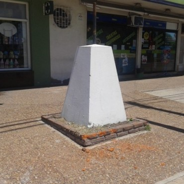 Desmontaron una placa histórica y se la robaron, desde un punto neurálgico de la ciudad
