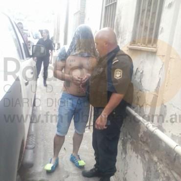 Detuvieron a un ladrón que atacó a una empleada que se dirigía hacia el banco a depositar
