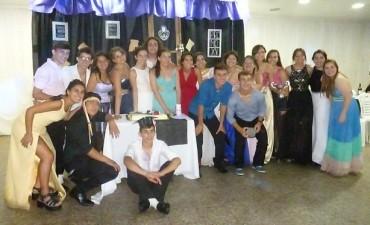 E.E.M Nº4 realizó su fiesta de egresados despidiendo a 120 estudiantes