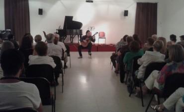 Este sábado se realizó el Festival Musical Solidario en la Biblioteca Rivadavia