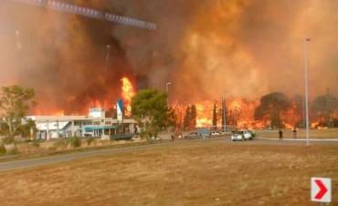 Se desató un incendio de grandes dimensiones en Valeria del Mar