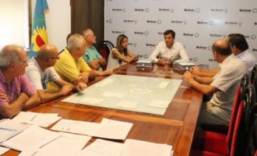El intendente entregó la 'Personería Jurídica' a dos instituciones