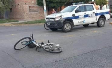 Accidente en Av. Tres de Febrero y esquina Moreno: una ciclista hospitalizada
