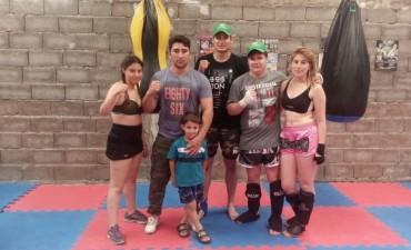 'Tigers Gym' participó de un encuentro de Kick Boxing en Olavarría