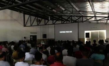 'Cine en las cárceles' se realizó el martes en Urdampilleta