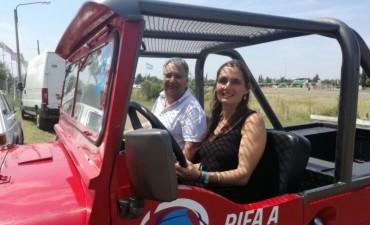 Se conoció la ganadora del sorteo solidario por un Jeep