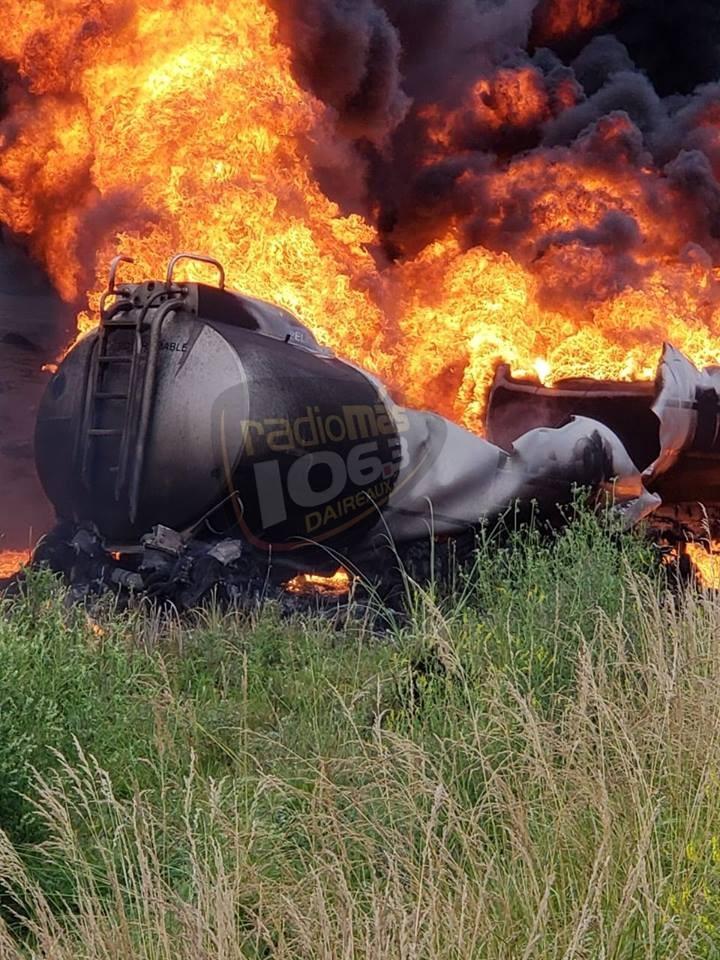 Daireaux: Un camión cisterna habría impacto desde atrás a una formación agrícola, remolcada por un tractor