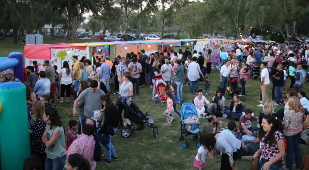 Los jardines municipales cerraron el año con una gran kermesse