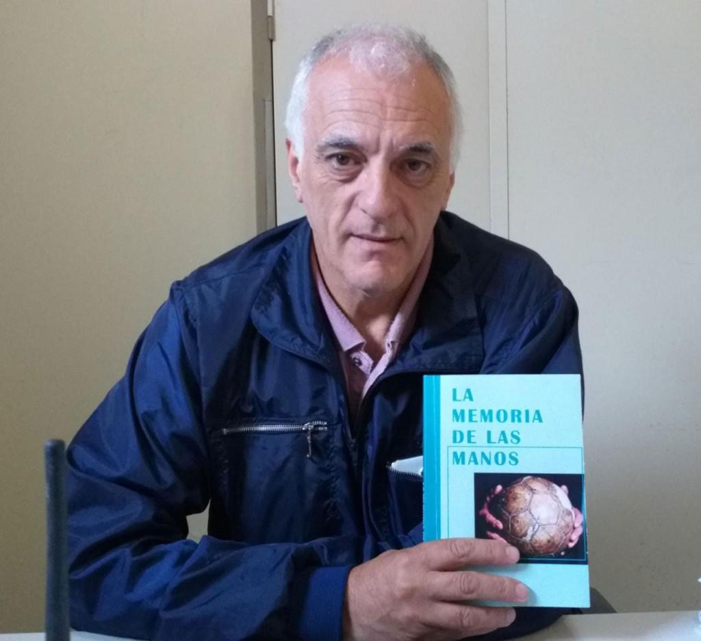 Miguel Gargiulo presenta esta noche en el Cine Avenida su libro La Memoria de Las Manos