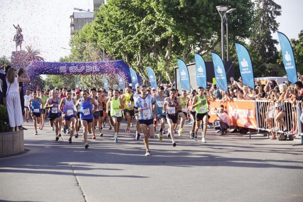 Maratón Dino Hugo Tinelli: Más de 4 mil participantes vivieron la fiesta de la ciudad
