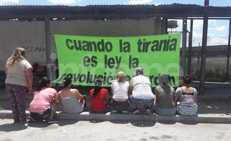 Olavarría: Huelga de hambre y manifestación de familiares fuera de la Unidad 2