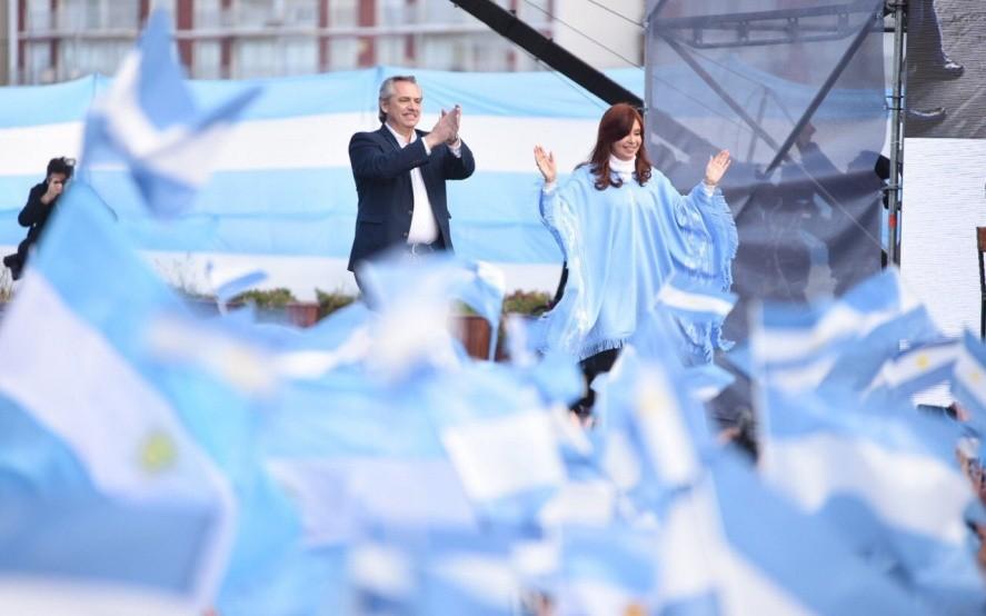 Nuevo gobierno: Alberto y Cristina asumen el mando del país con un festival en Plaza de Mayo