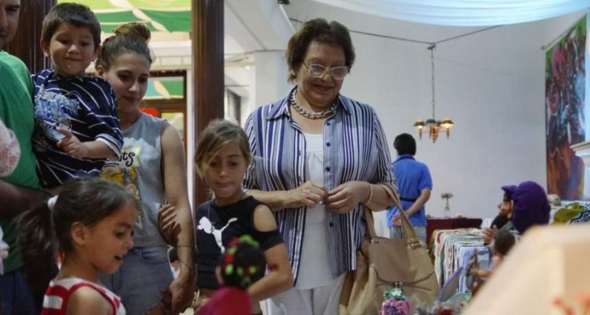 La intendenta Natiello participó del cierre de talleres de cultura