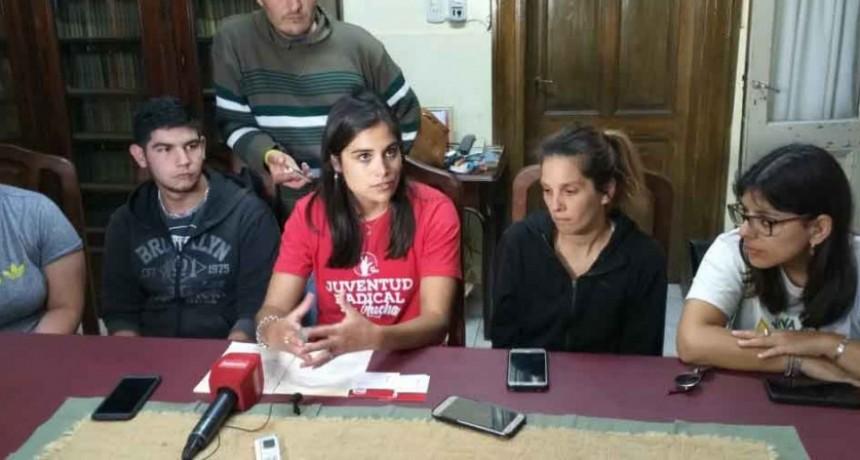 Mercedes Gonzalez: 'Si no fuera por este grupo de jóvenes no podría seguir adelante'