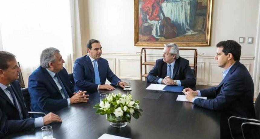 El Presidente recibió a los gobernadores de Corrientes, Mendoza y Jujuy